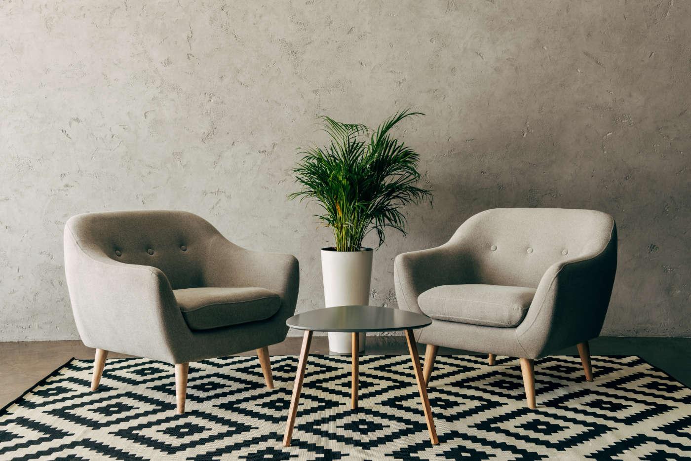 modern-interior-with-vintage-furniture-in-loft-sty-LFVPJST.jpg